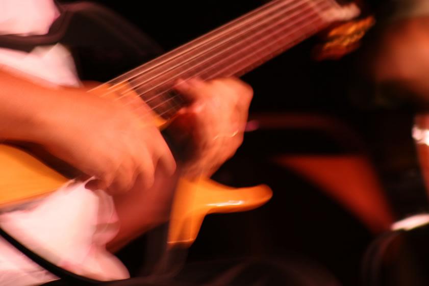 See Through Guitar, Yamaha Silent Guitar